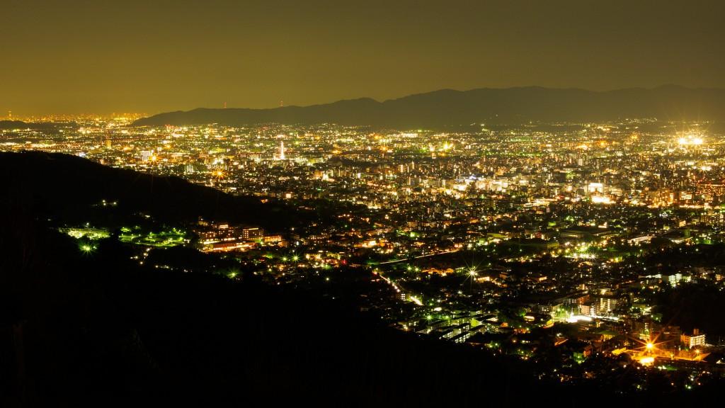 京都、夜景。E-M1, Nokton 25mm F0.95.
